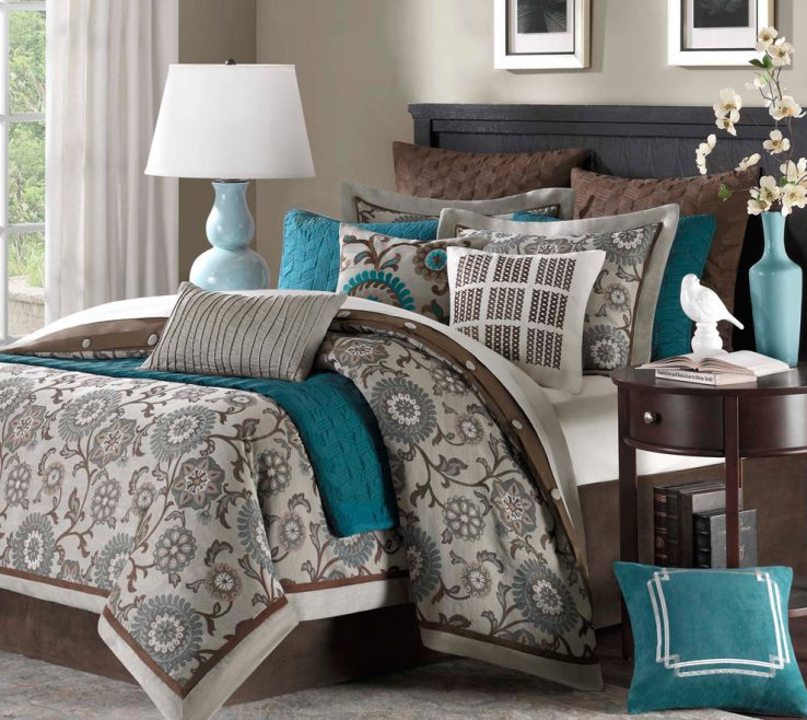 Artistic Gray Bedroom Decor Of Chocolate, Gray, Teal Color Scheme