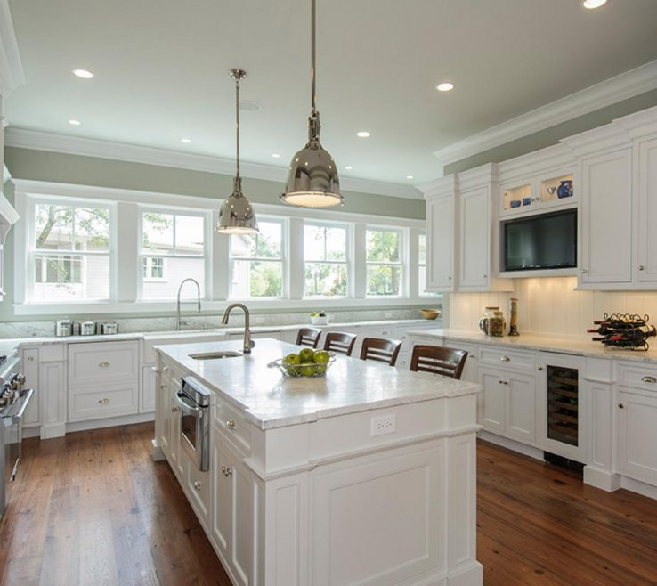 Astounding Kitchen Remodels With White S Of Painting Antique