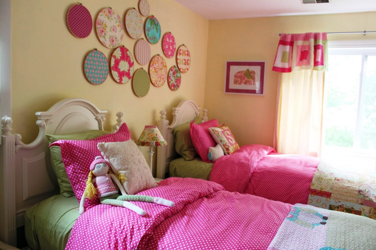 Attractive Girls Bedroom Wall Decor Of Bedroom Astonishing Teenage