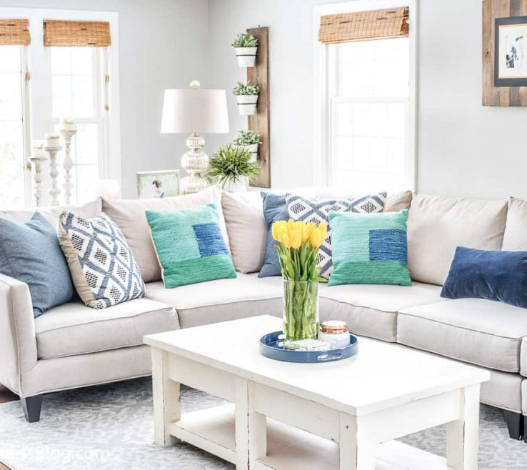 Awesome Blue And Green Living Room