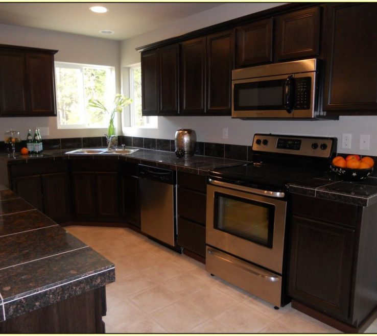 Beautiful Kitchens With Black S Of Granite Dark S