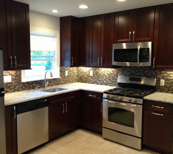 Brilliant Kitchen S For Small Kitchen Of Remodel Dark Backsplash Stainless