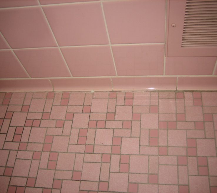 Elegant Bathroom Tile Refinishing