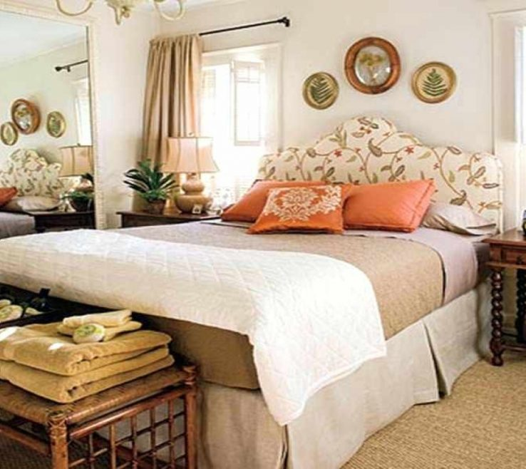 Enchanting Guest Bedroom Decorating Ideas Of Small For Small Best