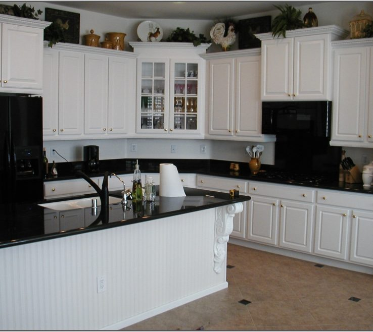 Endearing White Kitchen S With Black S Of Most Matchless Attractive Painted Superbliances Colors