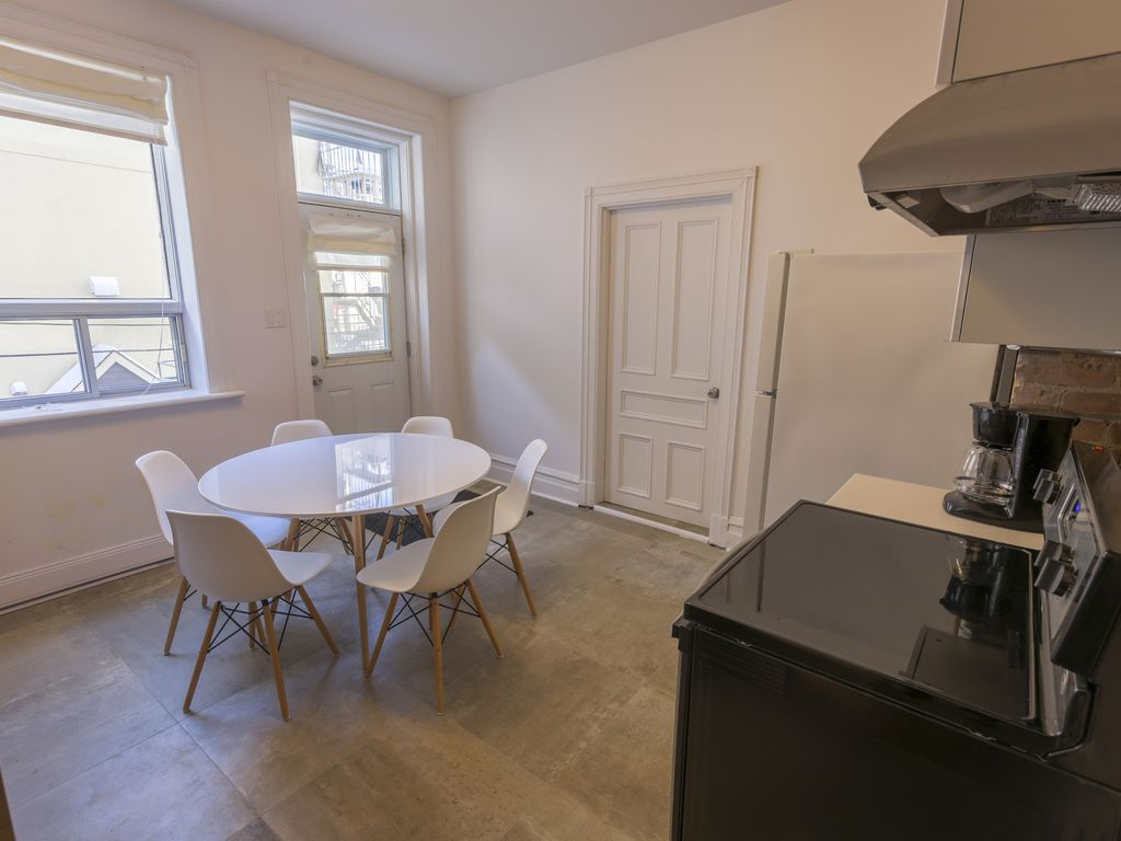 Enthralling Renovated Bathrooms Of Large 3 Bedroom 2 Full In Downtown
