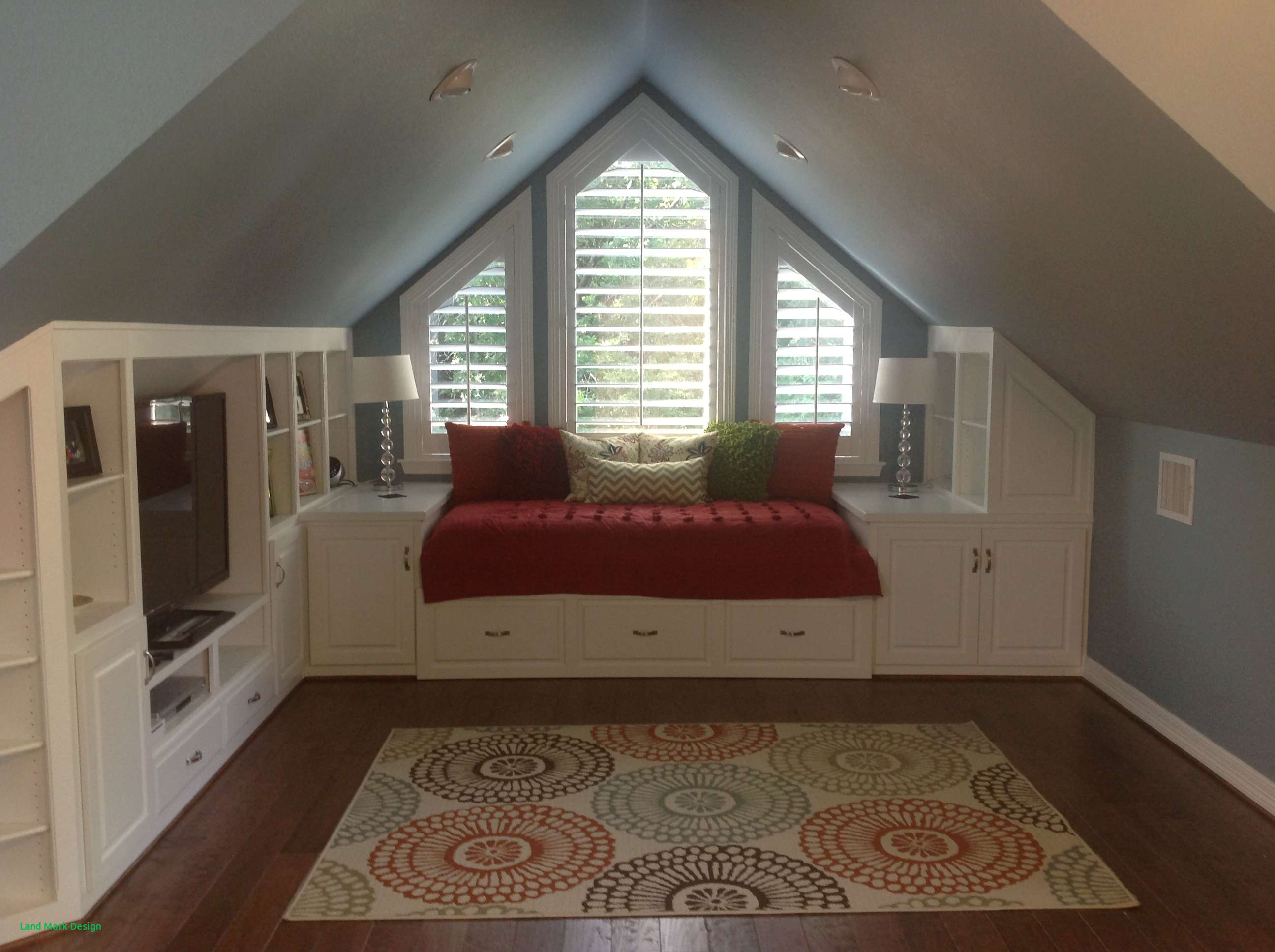 Exquisite Attic Bedrooms With Slanted Walls Of Feng Shui ...