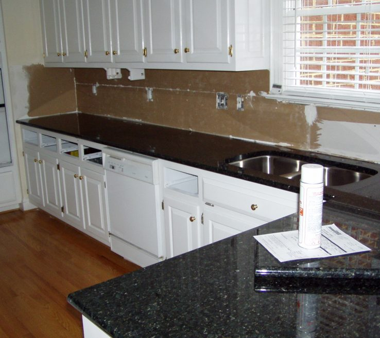 Exquisite Black Granite Kitchen S Of Kitchendark Quartz Cloning Decors Trend Great Then