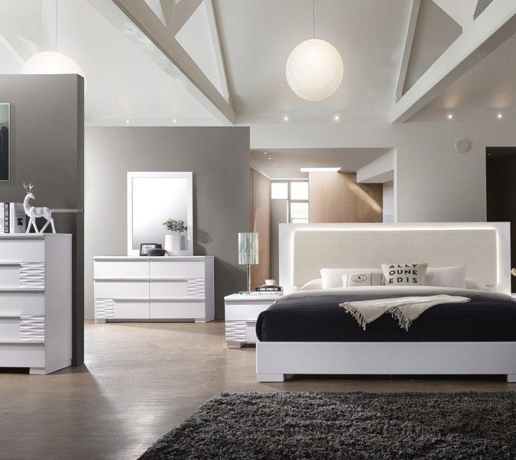 Extraordinary Big Bedroom Ideas Of Luxury Black Fur Area Rug Balck And