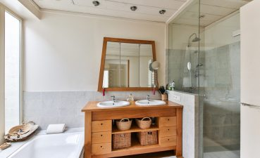 Impressing Renovated Bathrooms Of 4 Trends To Understand Before Renovating