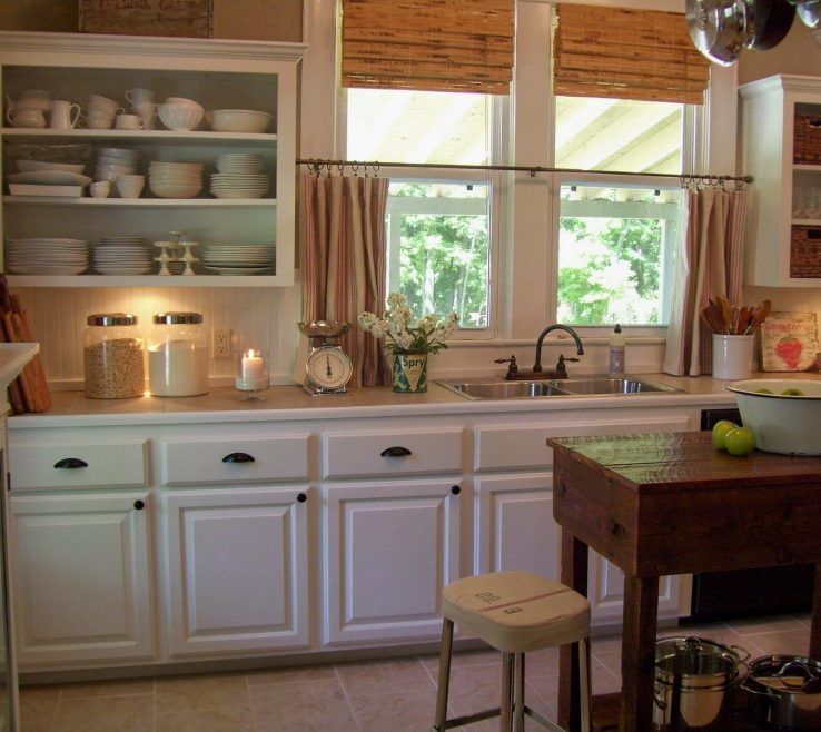 Inspiring Small Rustic Kitchen Of Love How You Can See The Dishes.