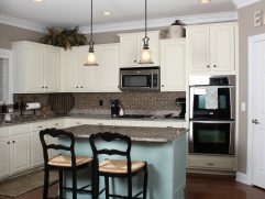 Kitchen Remodels With White Cabinets
