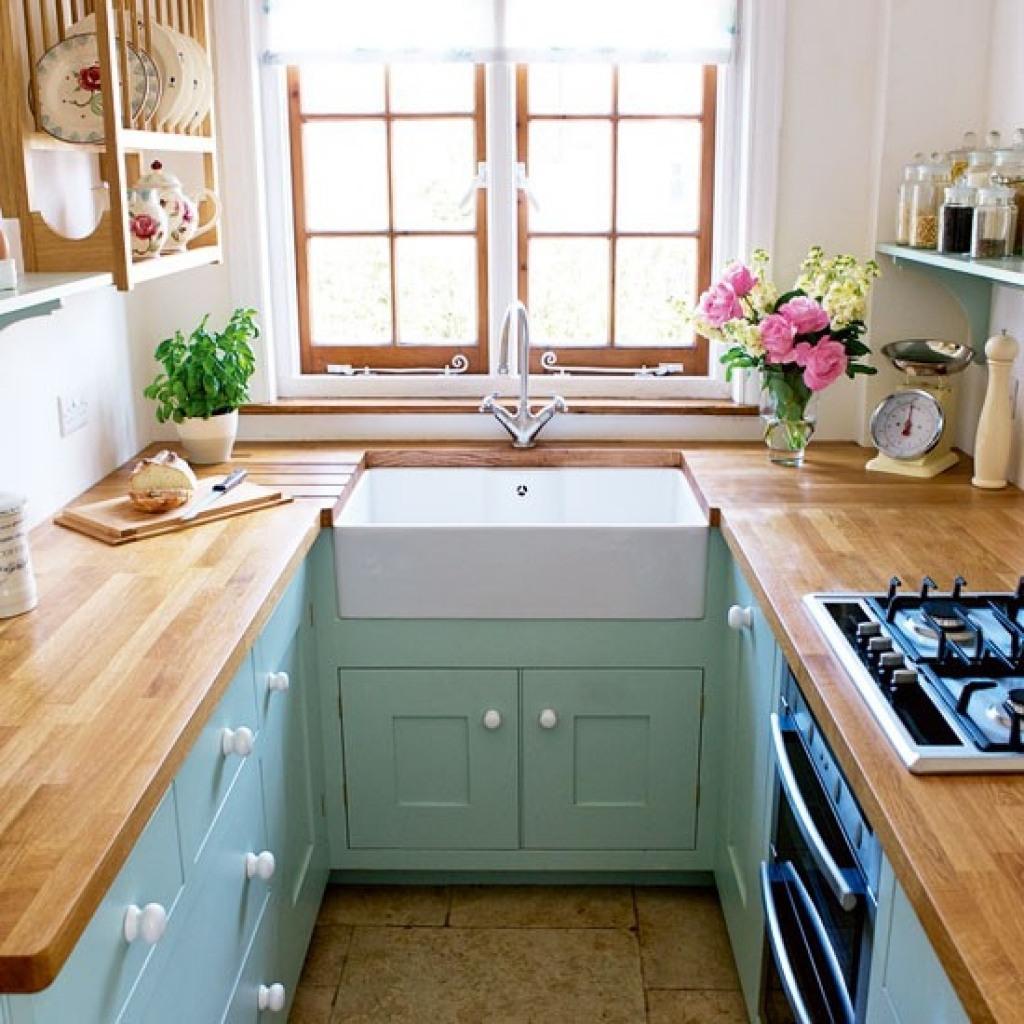 Small Galley Kitchen Acnn Decor