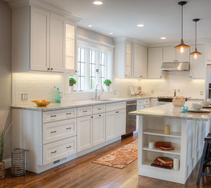 Wonderful Kitchen Remodels With White S Of Efficient Layout Island Storage. Daytonpainted
