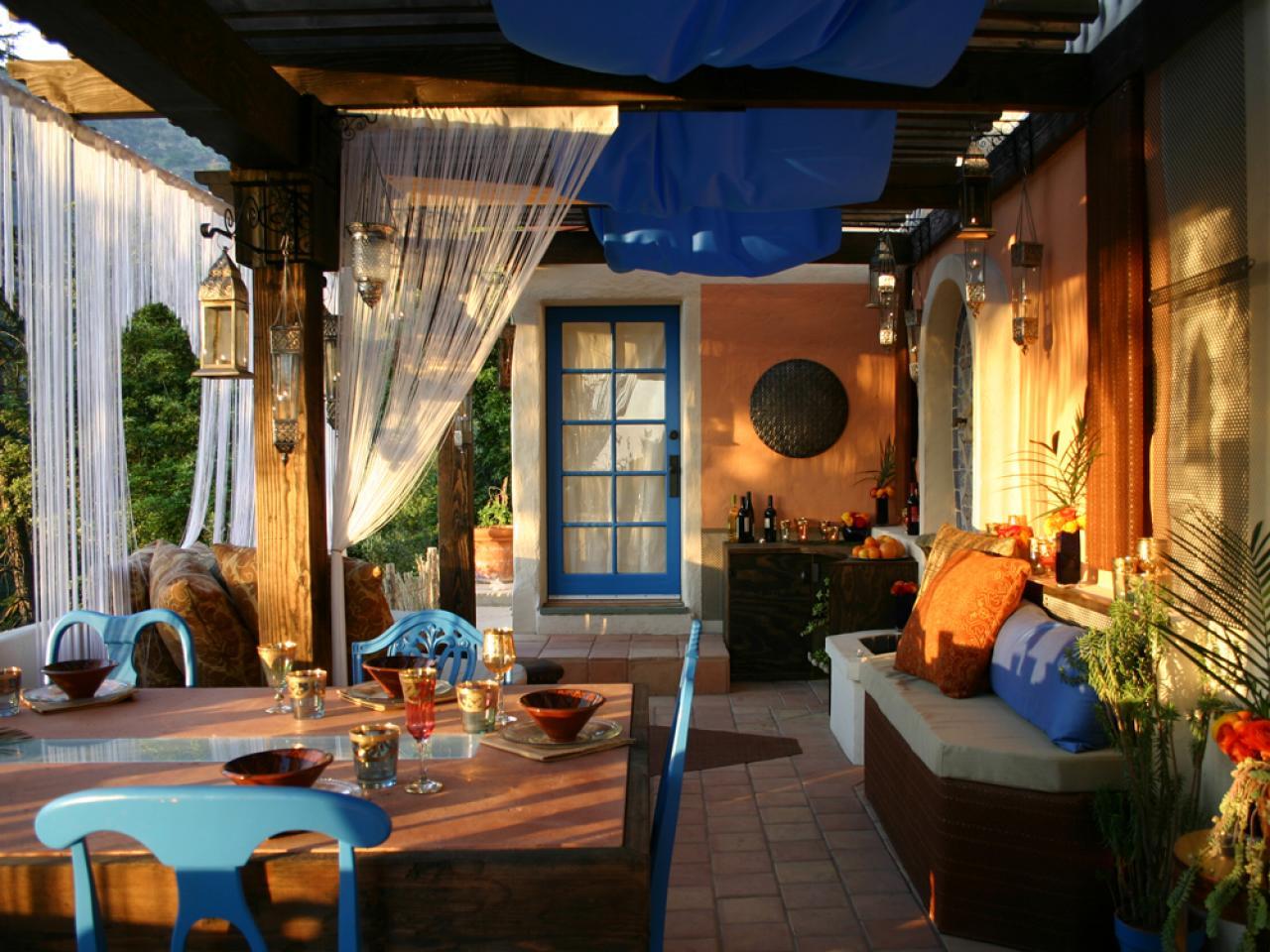 Elegant Orange And Blue Room Decor Of