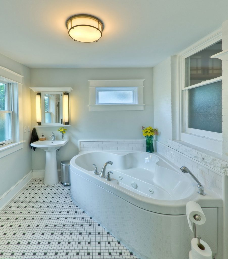 Eye Catching Whirlpool Tub Tile Ideas Of More Powerful Photos Small Bathroom With Jacuzzi