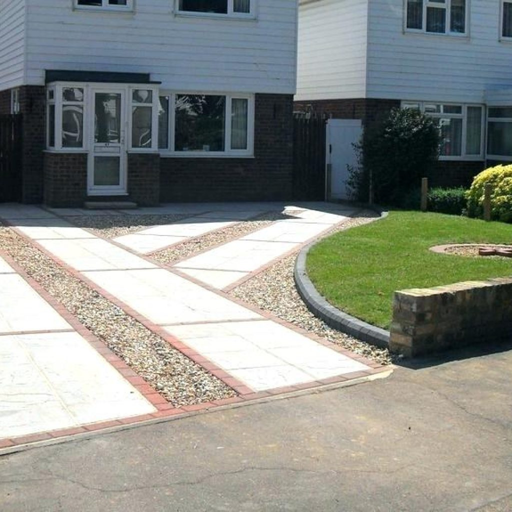 Home Driveway Ideas Of Small Landscaping Around Landscape E