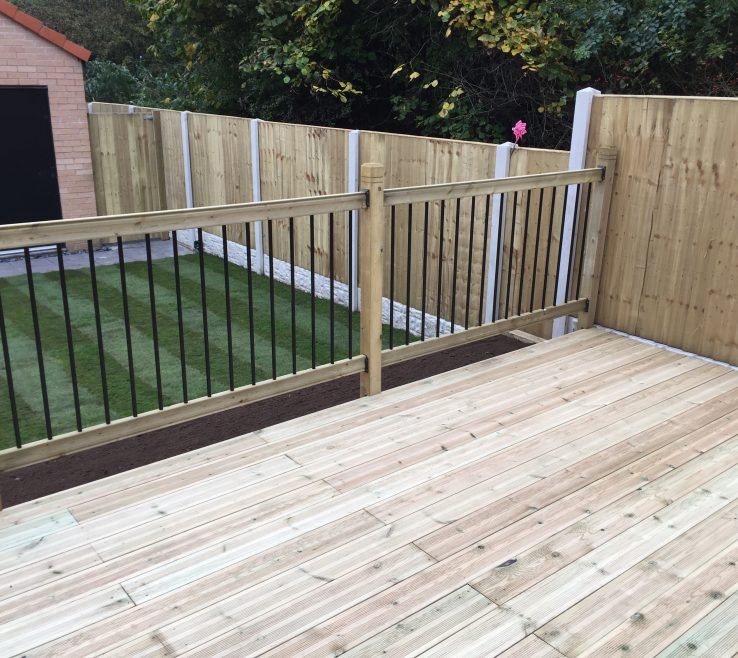 Wonderful Attractive Fences Of Most Homeowners Would Like Garden Fencing