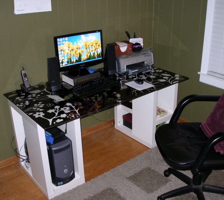 Artistic Built In Desk Ideas For Small Spaces Of Puter With Puter Inspiration
