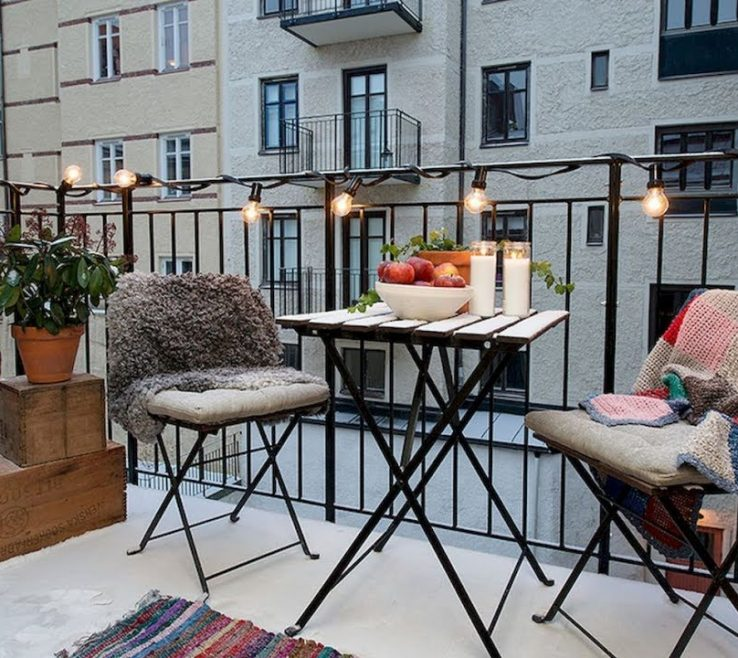 Astounding Apartment Balcony Furniture Ideas Of 60+ Affordable Cozy Decorating | Small