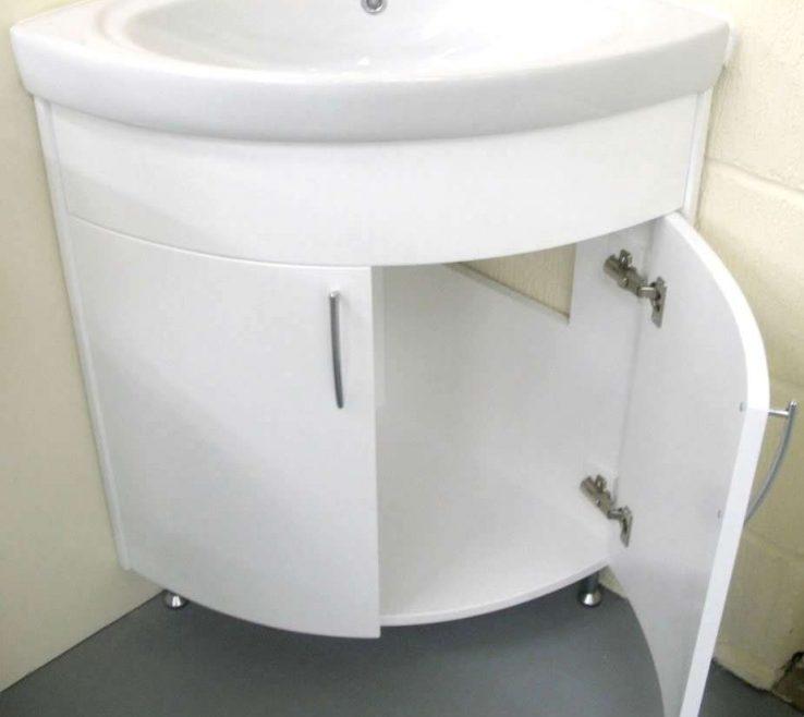 Attractive Corner Pedestal Sinks For Small Bathrooms Of Attractive Makeup Vanity Furniture