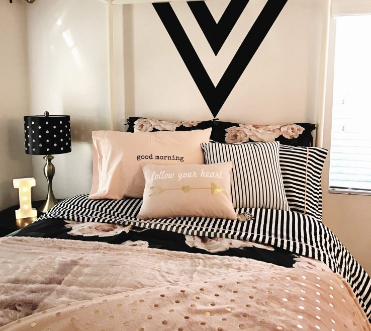 Awesome Paint Colors For Teenage Girl Room Of Bedrooms Stunning Decorating Ideas In Bedroom