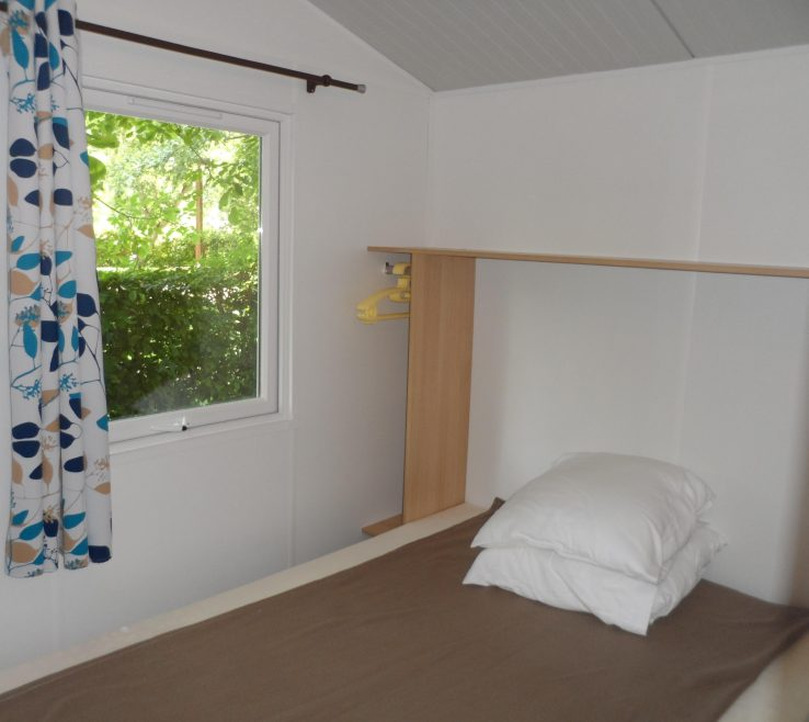 Cool Bedroom Without Bed Of Cottage Toilé 21m² Toilet Blocks. 1