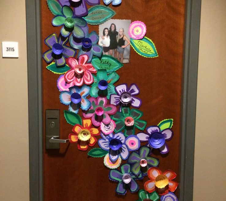 Decorate Bedroom Door Of This Decoration Is Awesome! You Can Get