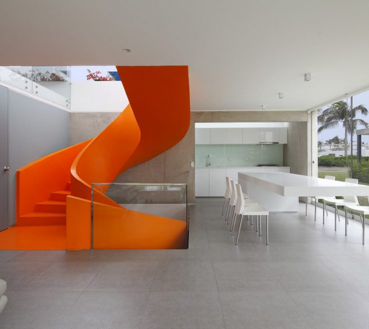 Elegant Orange Interior Design Of Casa Blanca By Martín Dulanto | Juan