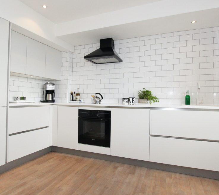 Entrancing Small White Kitchens Of Matt Handleless Kitchen