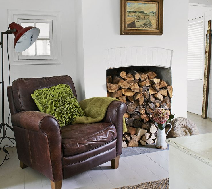 Exquisite Furniture Ideas For Small Bedroom Of Living Room
