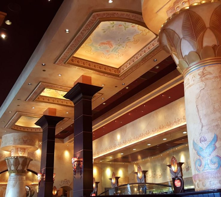 Extraordinary Interior Column Designs Of A Cheesecake Factory Location In Austin. Wil