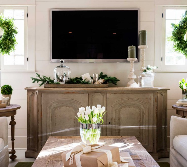 Fascinating Decorating With Green Of You Think It All About Red