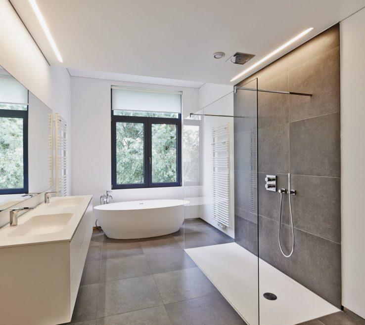Ing Vinyl Flooring Modern Of Luxury Modern Bathroom With Vinyl Flooring