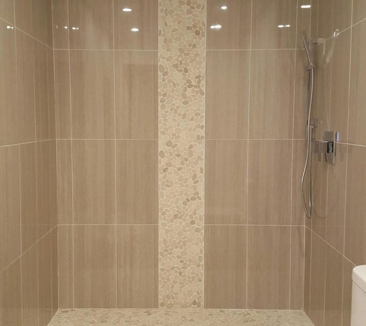 Luxary Showers Of Sliced White Pebble Tile Luxury Shower