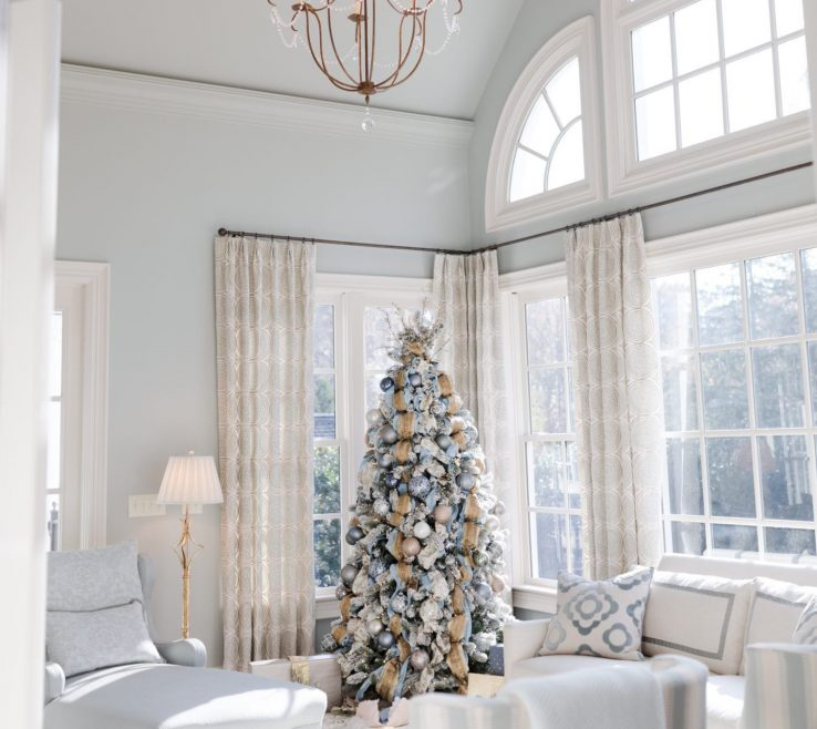 Mesmerizing Blue Gray Decor Of Christmas Decor. Paint In Light Living Room