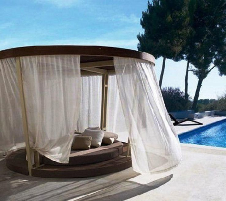 Picturesque Diy Outdoor Daybed With Canopy