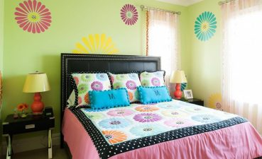 Photo Of Bedroom Accessories In The Style Of Teenage Girls