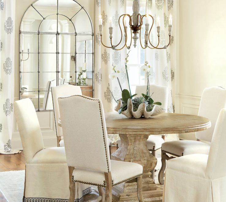 Dining Room Table Decor Of A Giant Glam Shell With Orchids Are
