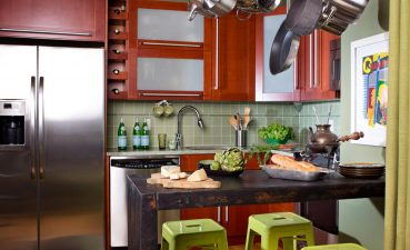 Endearing Small Kitchen Layouts Of Eat In Ideas