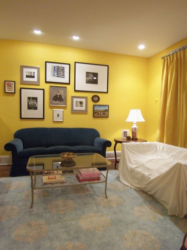 Entrancing Yellow Walls Living Room Of Colors That Go With Curtains