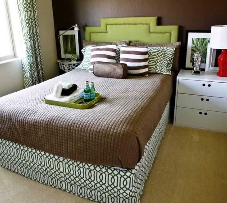 Eye Catching Small Bedroom