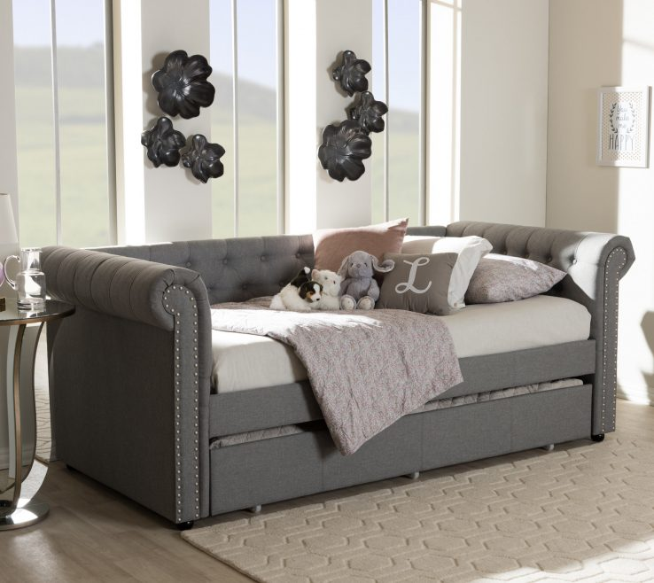 Vanity Daybed In Living Room Of E Of Hampton Mickel Modern And Contemporary