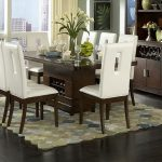 Vanity What To Put In The Middle Of Your Kitchen Table Of Centerpieces And Eight Seats