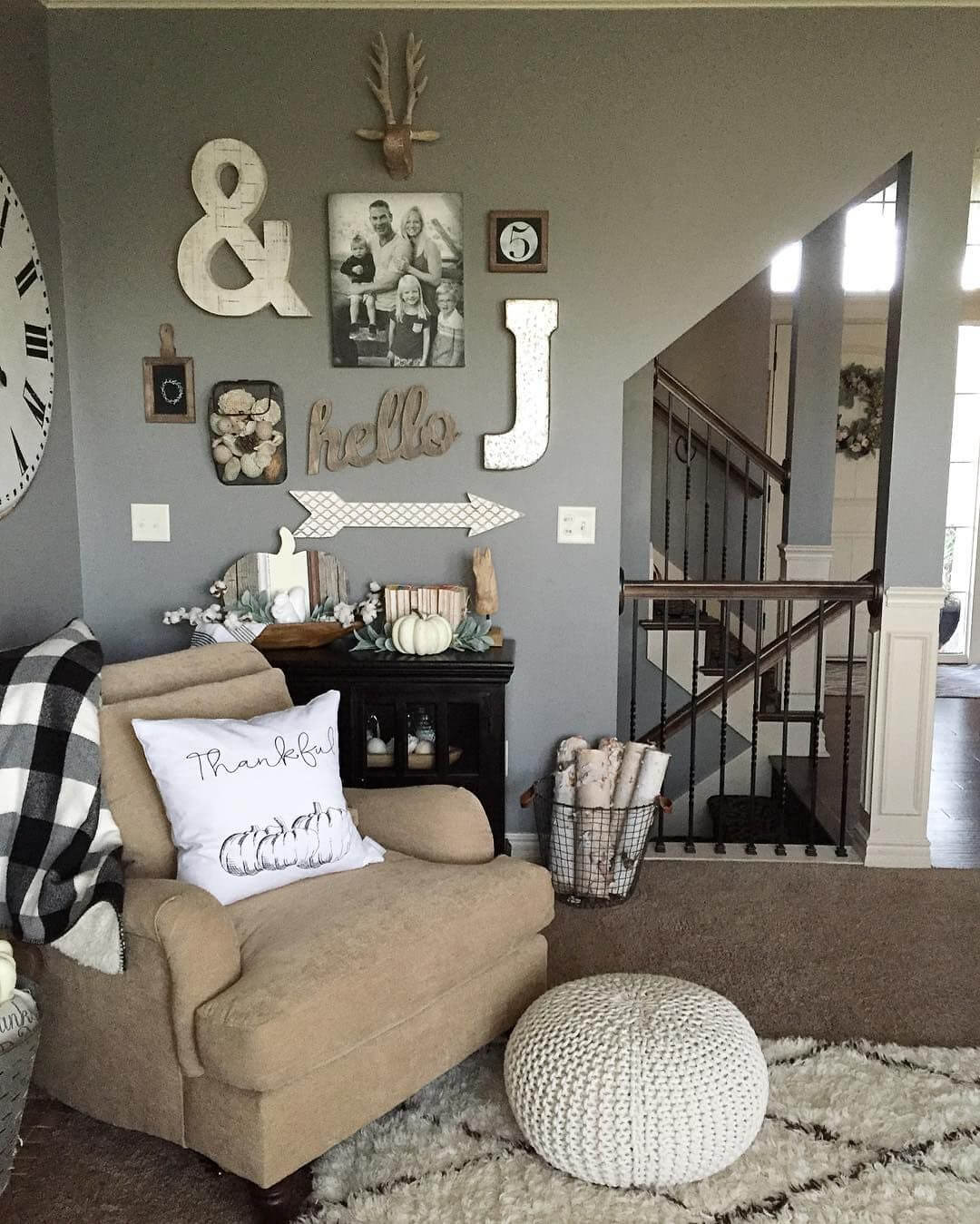 Wonderful Wall Designs For Living Room Of Charming Rustic Decor Ideas