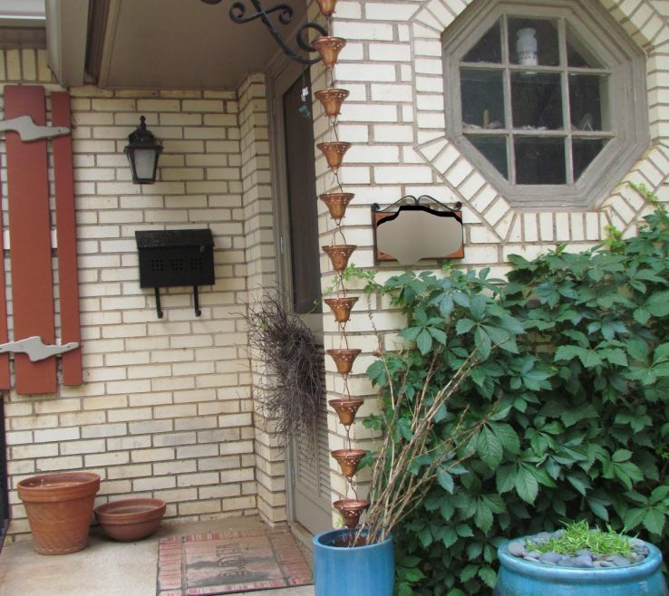 Artistic Decorative Downspouts Rain Chains Of Hammered Copper Cups