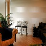 Awesome Modern Wall Painting Of Horizontal Stripes Flat White With Pearl