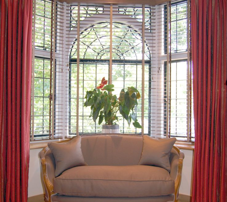 Awesome Small Bay Windows For Kitchen Of Full Size Of Window Treatmentwindow Treatments Mesmerizing