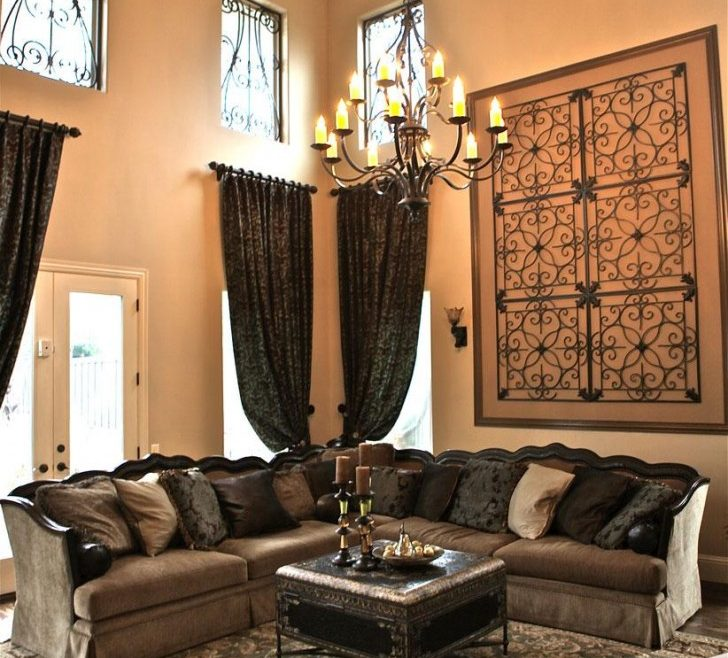 Elegant Wall Decor For High Ceilings Of