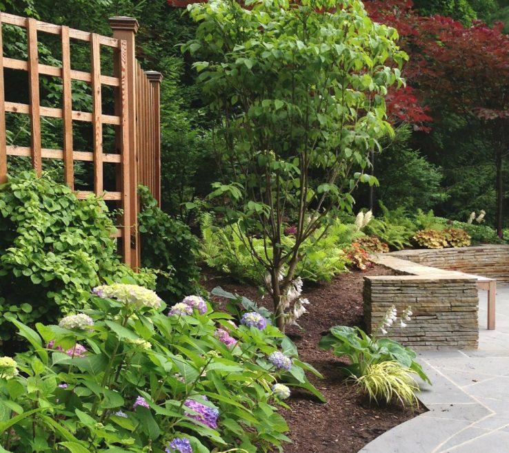 Impressive Beautiful Fence Of Modern Lattice In Garden